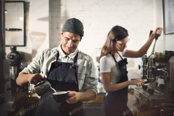 Concepto de orden de Trabajo de café Barista Parepare