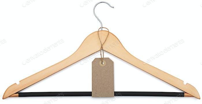 Kleiderbügel und Blanko-Preisschild