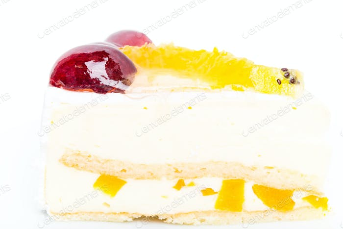 Creamy yougurt mousse cake with fruits.