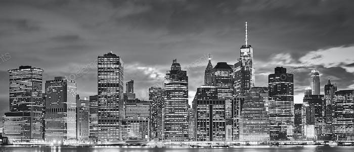 Manhattan panoramic skyline at night, New York.
