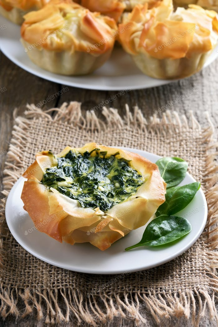 Vegetable baking with spinach