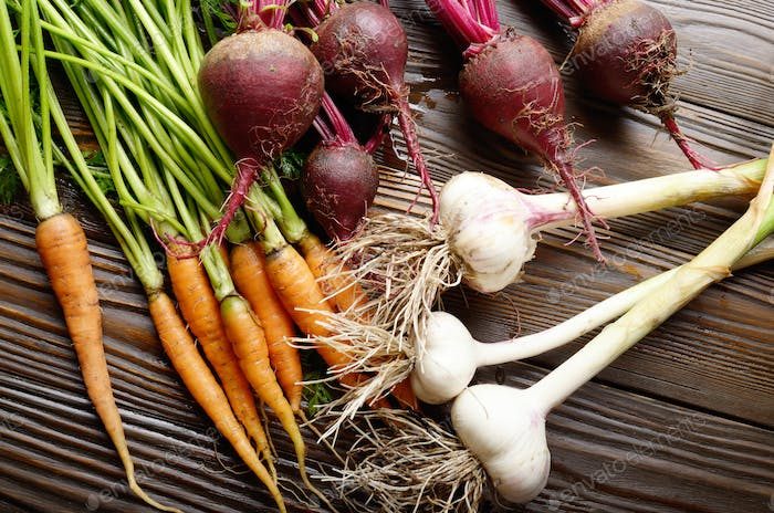 Vegetarian background of fresh organic beetroots