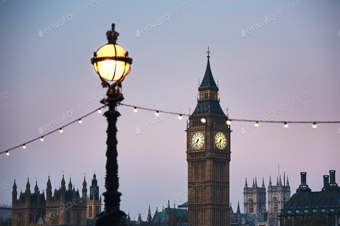 London at the dusk