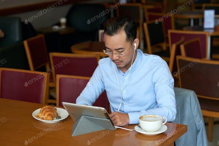 Businessman watching presentation