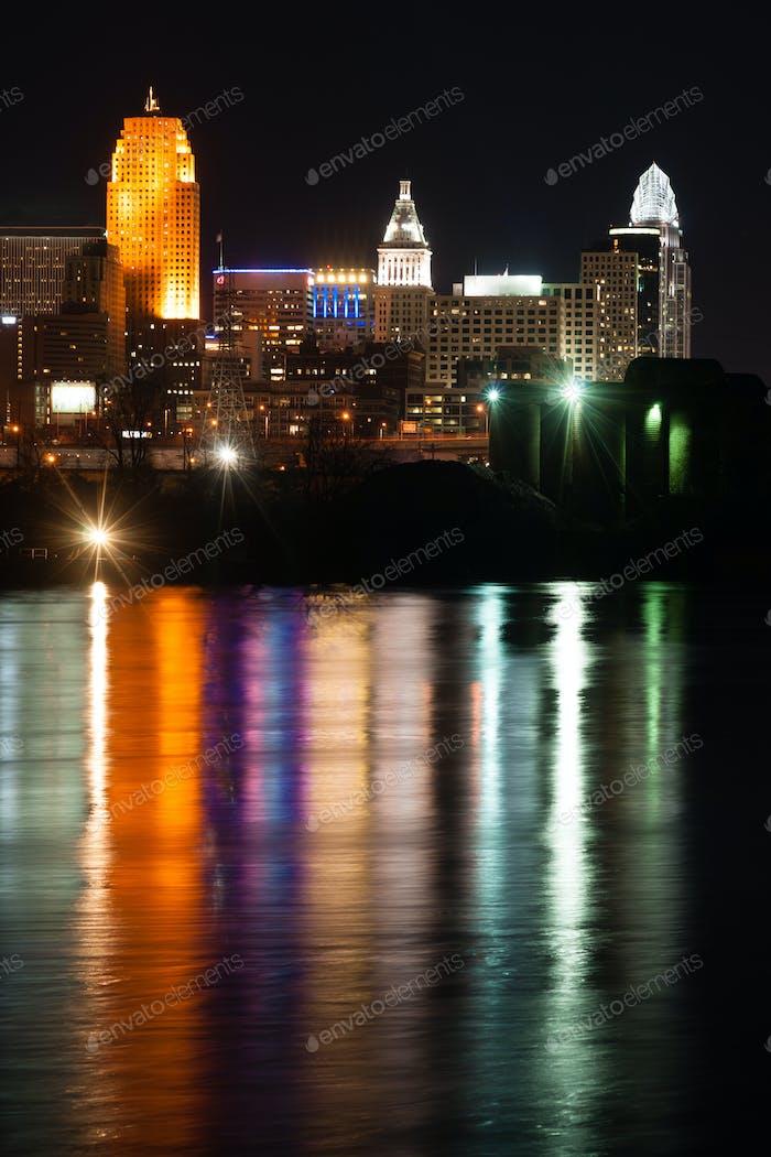Vertical Composition Ohio River Cincinnati Downtown City Skyline