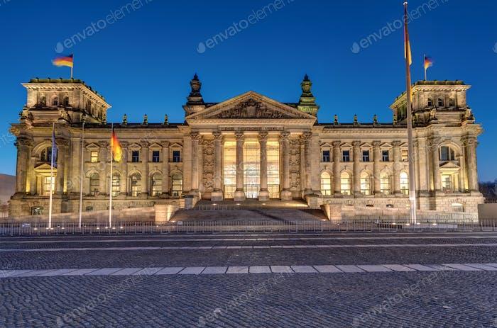 Der berühmte Reichstag in Berlin