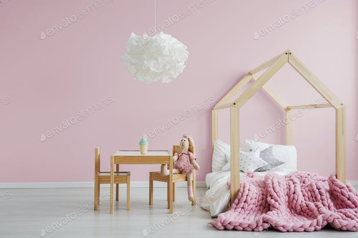 Girly scandi room