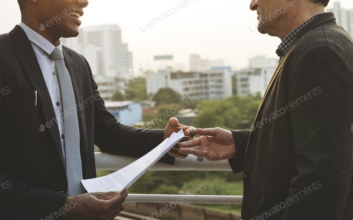 Geschäftsdiskussion Talking Deal Konzept
