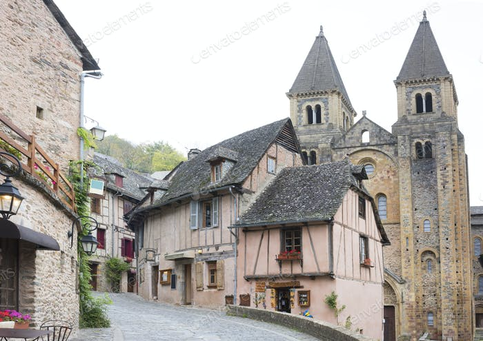 street of Conques