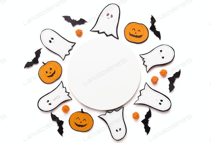 Halloween-Hintergrund für Werbung auf rundem Kopierbereich