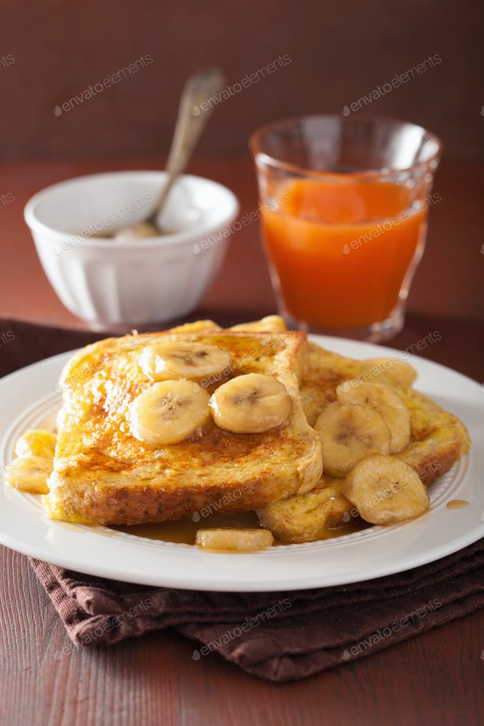 french toasts with caramelized banana for breakfast