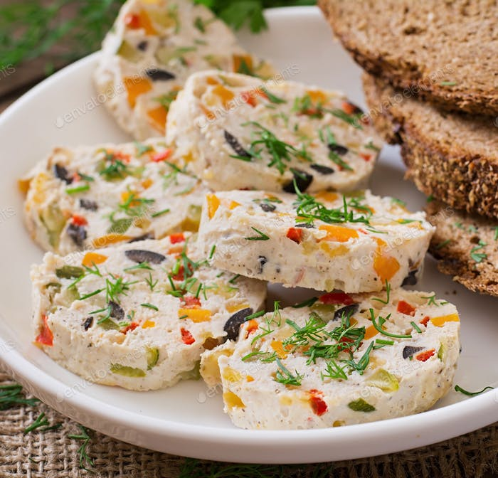 Sandwiches chicken meat loaf with vegetables.