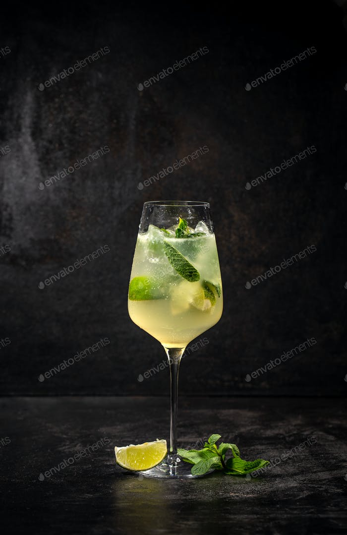 Hugo cocktail, Italian aperitif