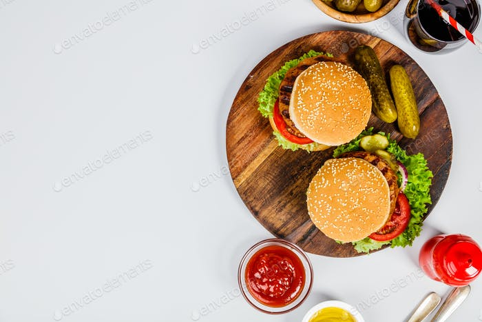 Homemade hamburgers, flat lay
