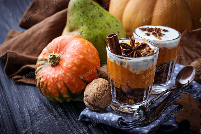 Dessert  with pumpkin and granola