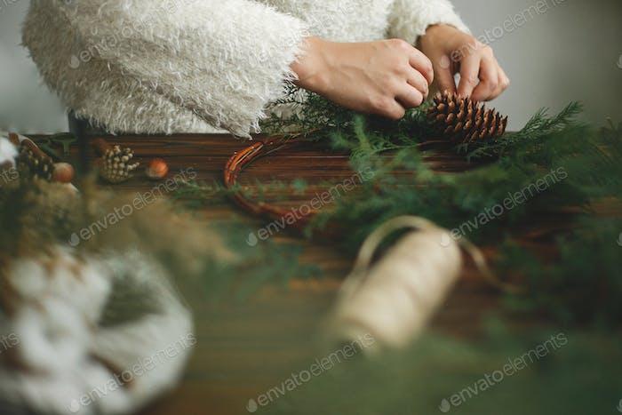 Rustikaler Weihnachtskranz, Weihnachts-Advent