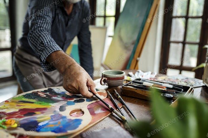 Künstlermalerei Kunstwerk am Arbeitsplatz