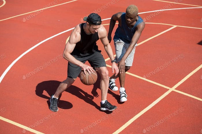 Basketball Training im Freien