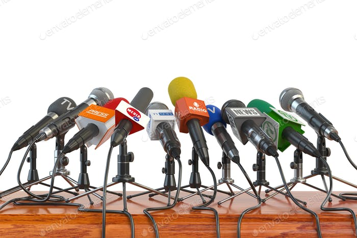 Micrófonos de diferentes Medios de comunicación, Radio, televisión y prensa preparan