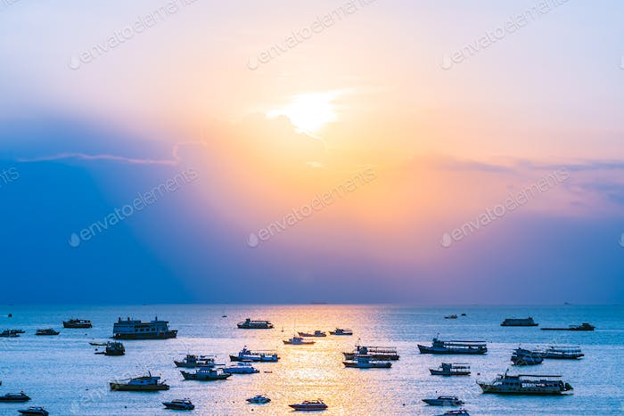 A lot of ship or boat on the sea ocean of Pattaya bay and city i
