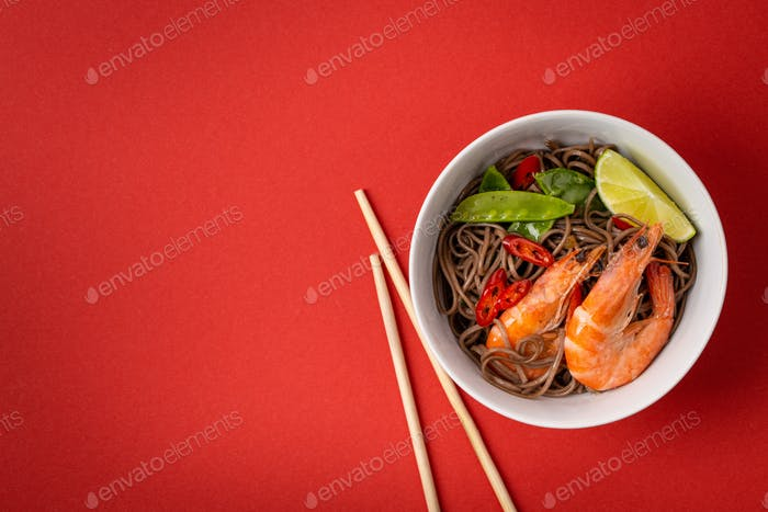 Asian noodles with shrimps