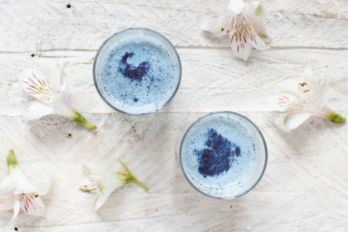 Blue matcha milk