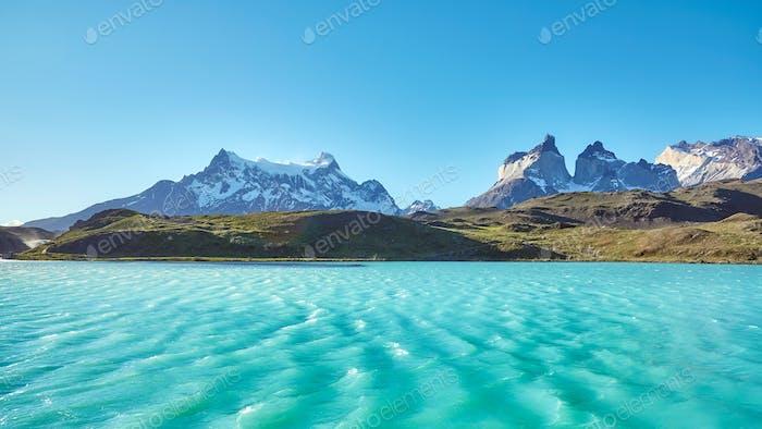 Lago Pehoe y Los Cuernos, Chile.