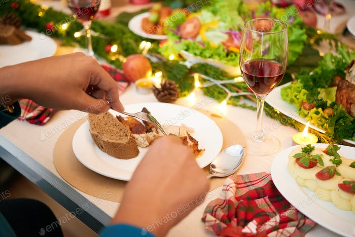 Christmas dinner guest