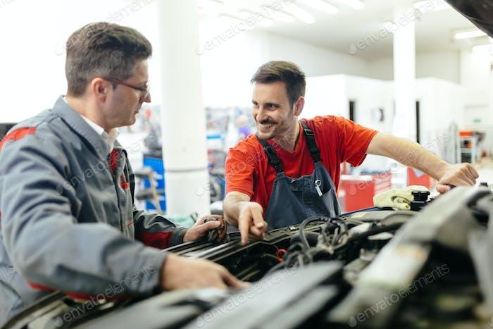 Mecánica de coches de fijación de coches