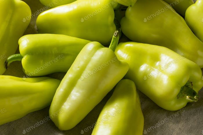 Raw Yellow Organic Gypsy Peppers