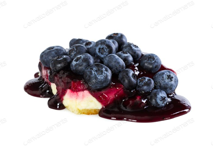 Cheesecake with fresh blueberries and jam