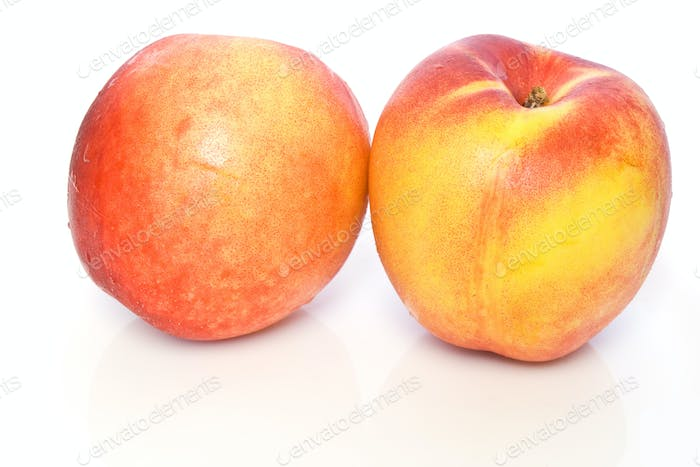 Nectarine peaches