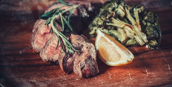 skewers with broccoli and lemon