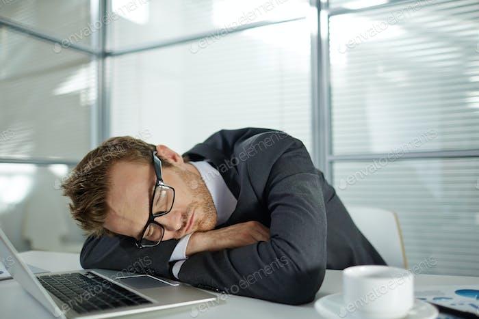 Hombre de Empresario cansado