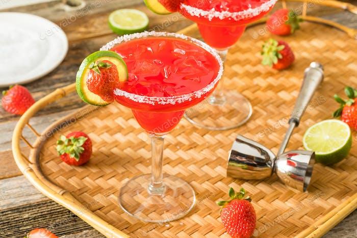 Homemade Iced Starwberry Margarita