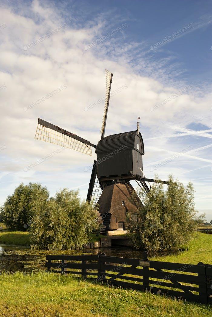 Noordeveldse mill near Dussen