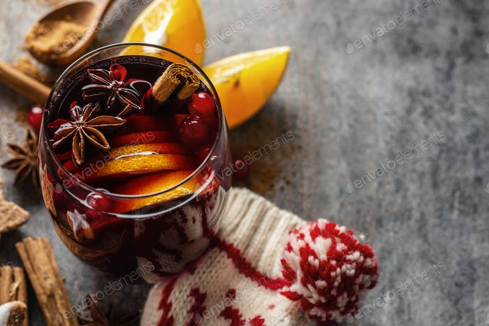 Mulled wine in glass with cinnammon