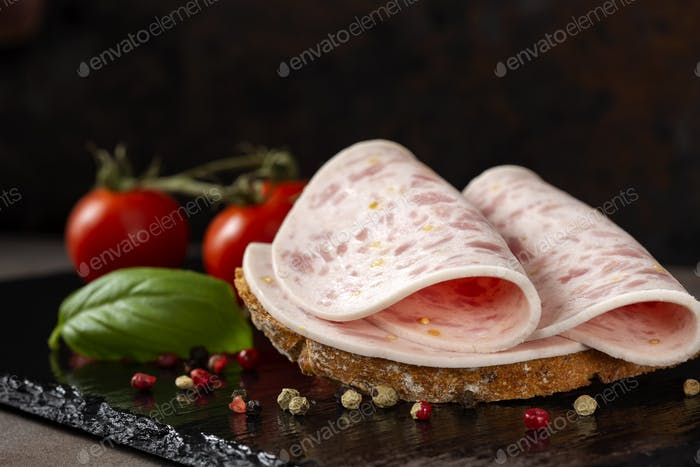 Open sandwich with salami