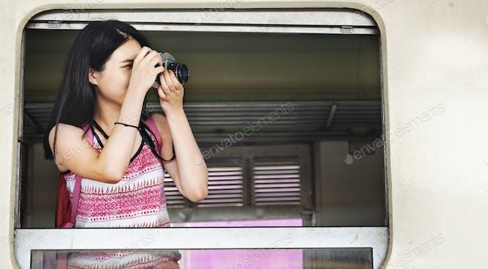 Girl Adventure Hangout Reisen Urlaub Fotografie Konzept