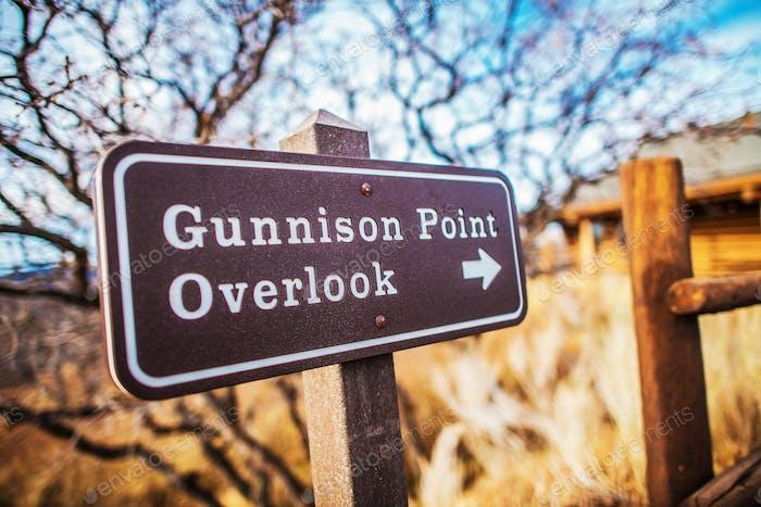 Gunninson Point Overlook