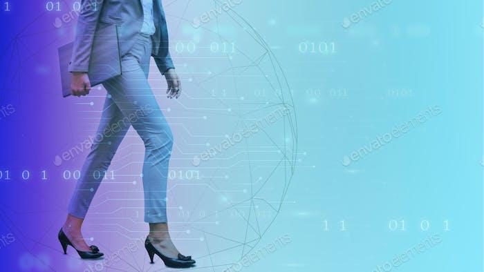 Mujer de negocios caminando sobre un fondo digital