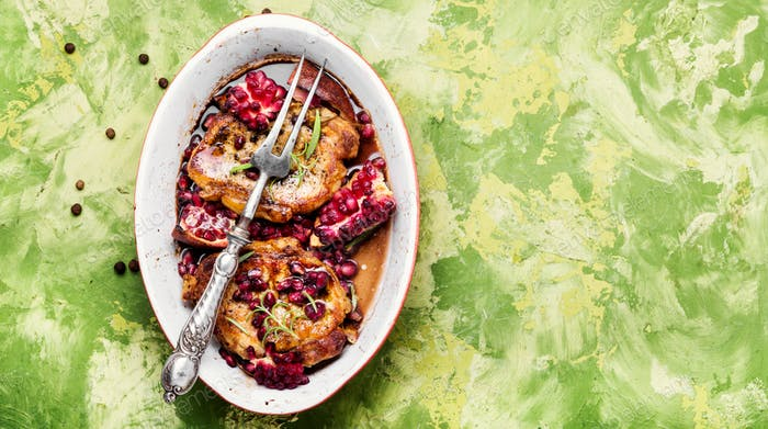 Meat chop in pomegranate sauce