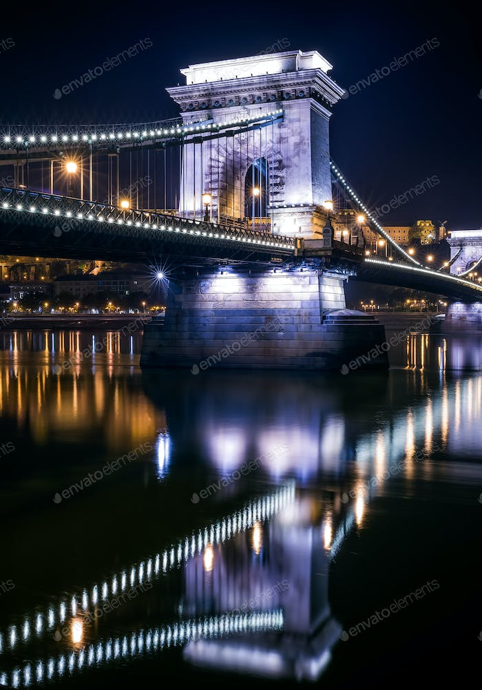 The view of the Chain bridge in Budapest, Hungary, at night