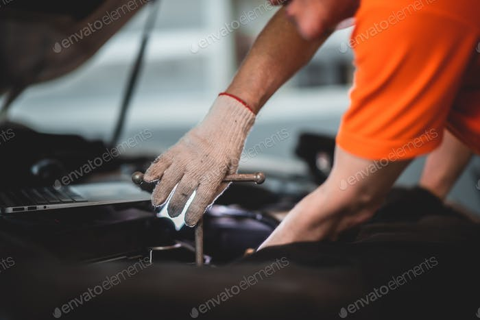 auto mechanic garage car service, repair and maintenance vehicle automobile, technician man