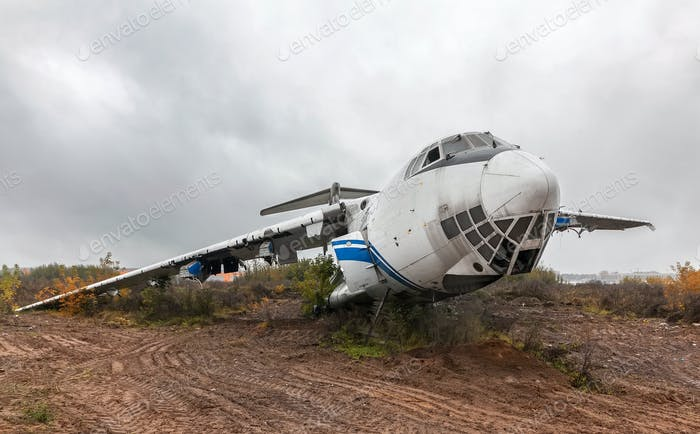 Large damage passenger aircraft