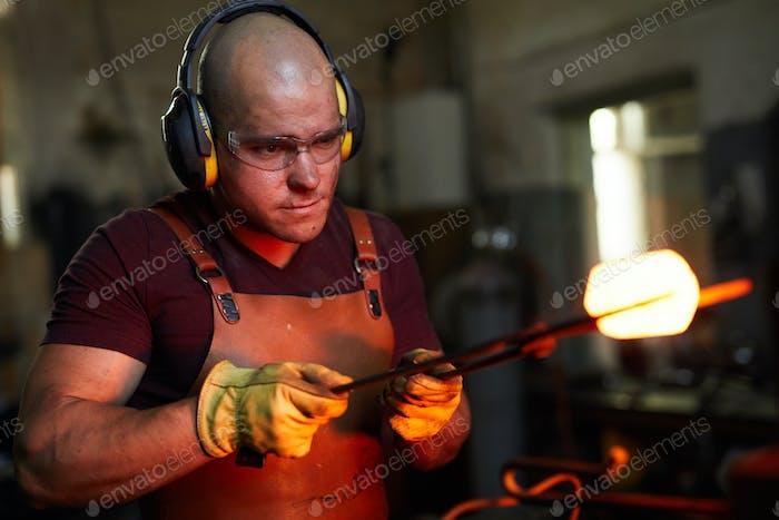 Analizando la forma de la pieza Metal calentada