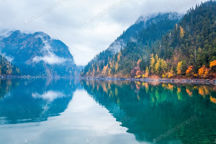 beautiful long lake in autumn jiuzhaigou