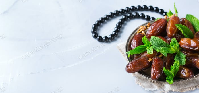 Ramadan ramazan kareem holiday. Traditional arabic iftar dates