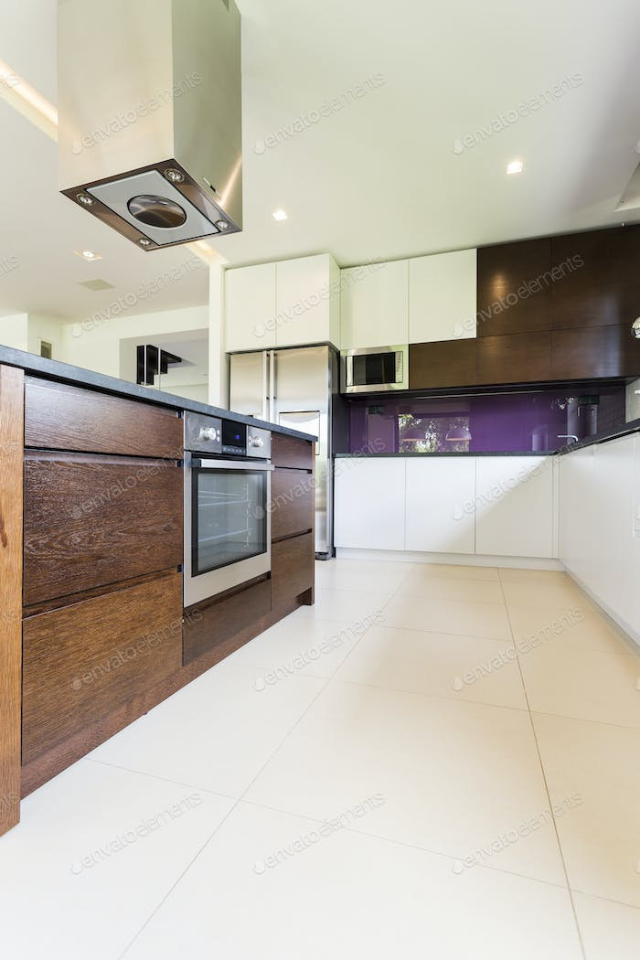 Modern and functional kitchen