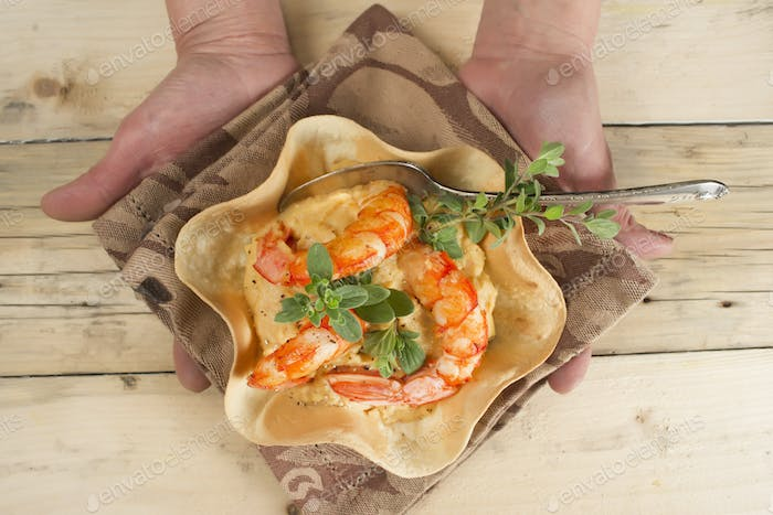 Chickpea and prawn cream